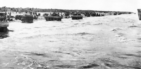 DD_tanks_on_Utah_beach