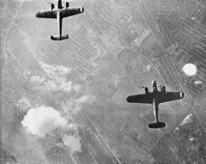 Dornier_17_bombers_over_West_Ham